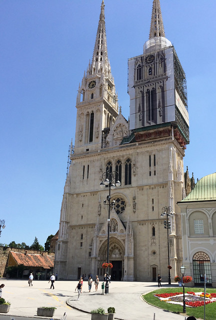 Zagreb Cathedral by CC user dariozadro on Flickr