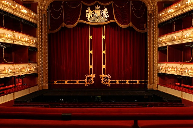 Royal Opera House auditorium © ROH / Ruairi Watson 2012