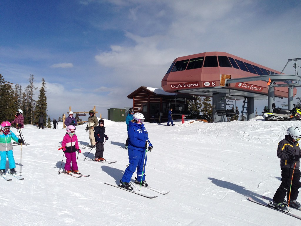 Ski lessons at Cinch Express
