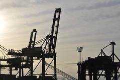 port(0.0), vehicle(0.0), transport(0.0), petroleum(0.0), mast(0.0), construction equipment(0.0), industry(1.0), oil field(1.0),