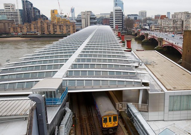 solar-bridge-london-network-rail