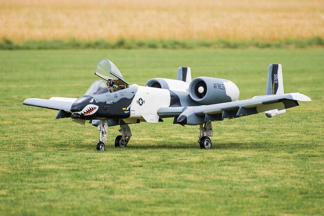 RC A-10 Thunderbolt