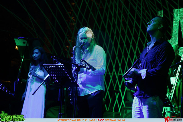 Ubud Village Jazz Festival 2014 - Uwe Plath-Dian Pratiwi-Ondrej Stveracek (3)