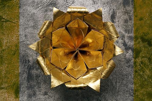 Origami limori-flower Mieko (Yureiko)