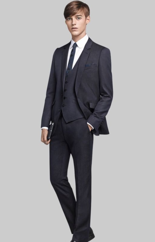 Robbie Wadge0741_SUIT SELECT