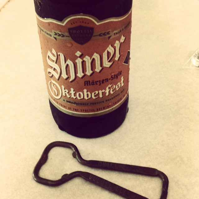 #Shiner Oktoberfest #beer with old opener