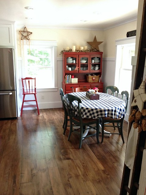 old dining room with patriotic decor