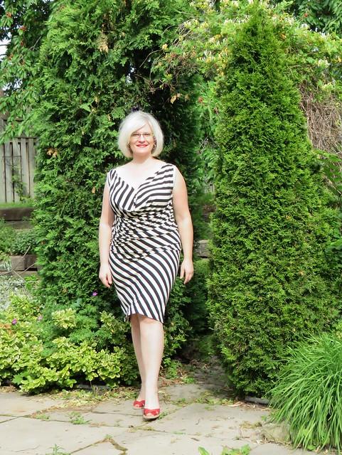 Vogue 1282 dress front