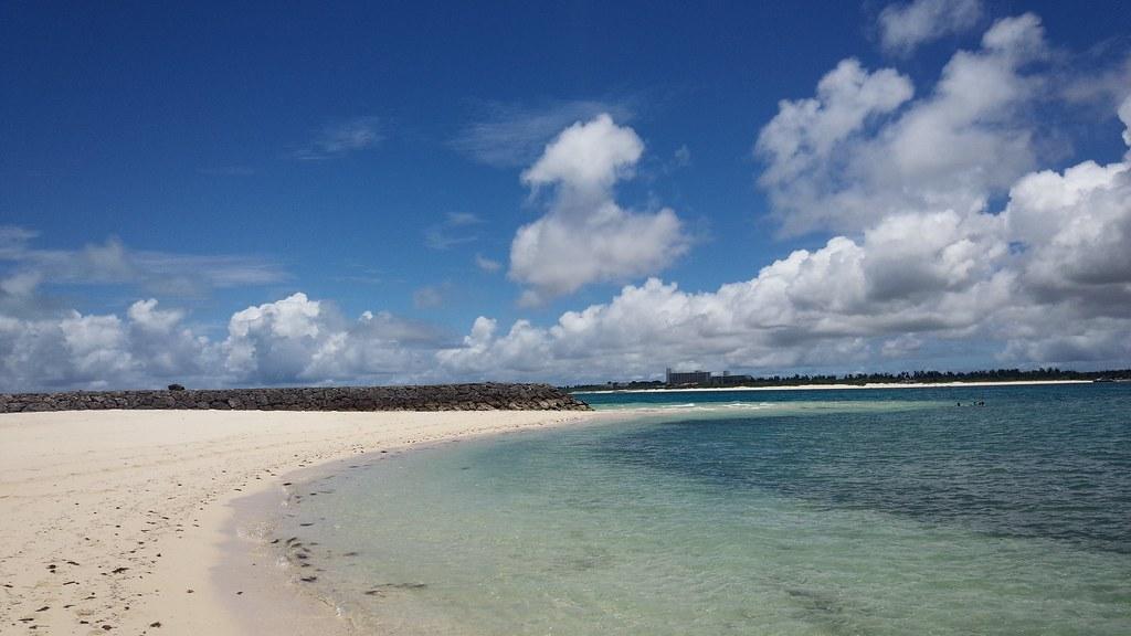 ビーチと空