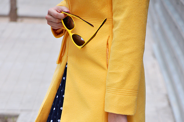 something fashion sheinside collaboration yellow coat blend fashion clothing cheap, valencia spain fashion blogger raybanyellow espadrilles pepe jeans polka dot skirt