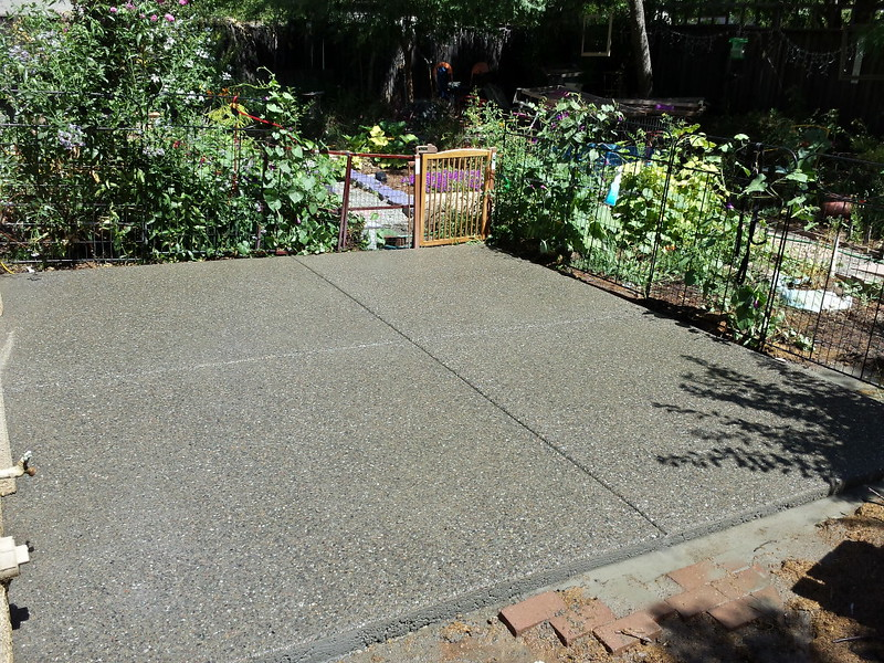 Pea Gravel Exposed Aggregate Patio In Davis - Pea Gravel Exposed Aggregate Patio In Davis - Solano County Yolo