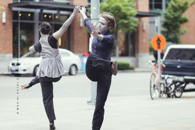Art on the Fly Contemporary Dancers with painted faces 3