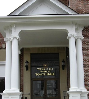 William J. Lee Memorial Town Hall