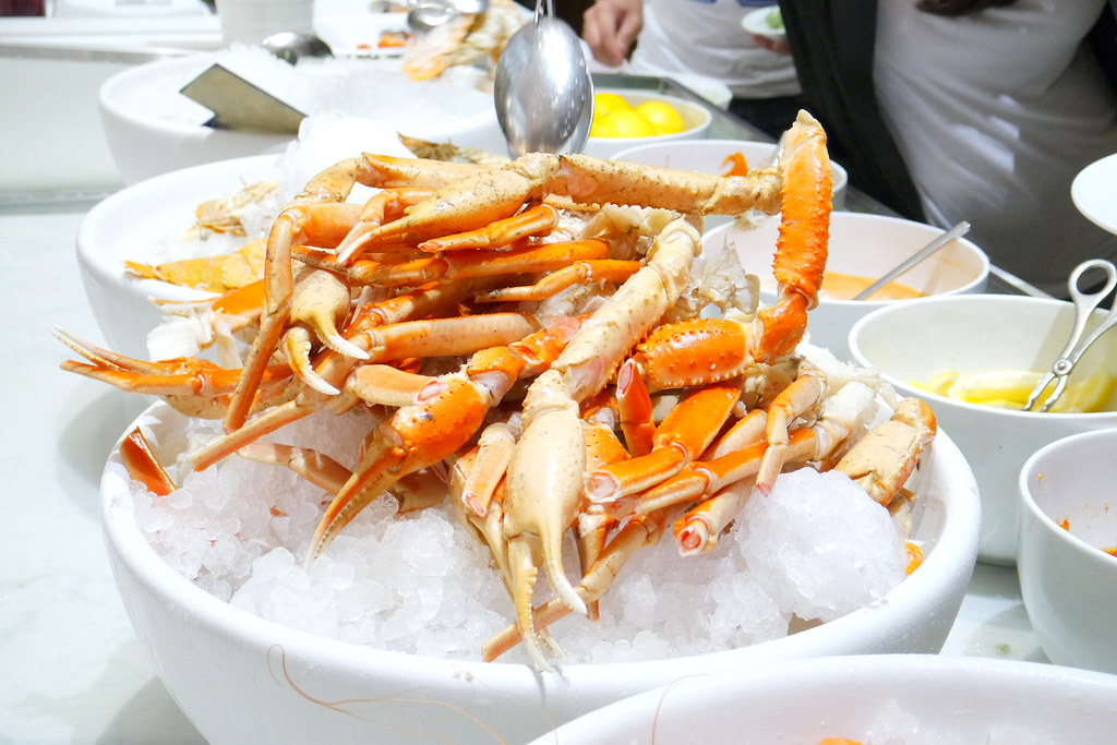 Marriott Cafe's snow crabs