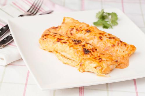 Crepes-de-truita-amb-salsa-de-marisc-2