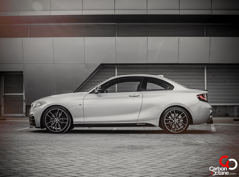 bmw_m235i_side_feature