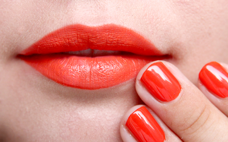 IsaDora orange flash swatch