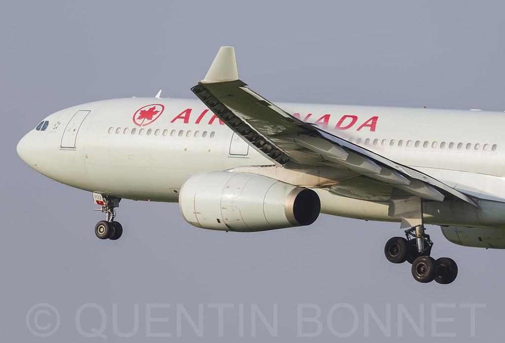Air Canada Airbus A330-343 C-GFAJ
