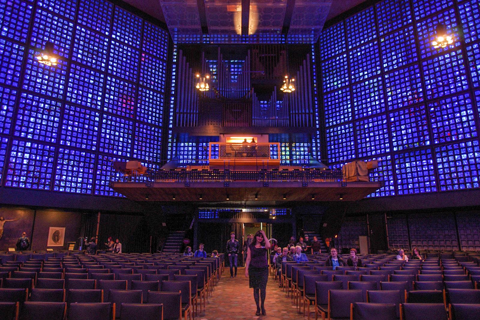 Architecture à Berlin - La nouvelle église du souvenir, par Egon Eiermann