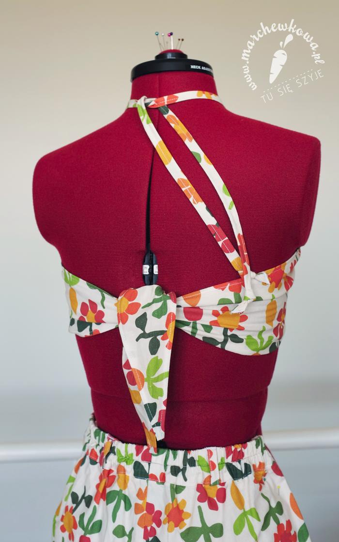 marchewkowa, blog, szycie, krawiectwo, retro, vintage, sewing, pattern, Burda, 40s, 60s, playsuit, komplet, plaża, kostium kąpielowy, cottonbee, koślawe kwiaty, kreton