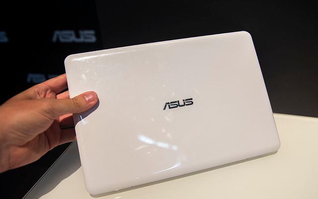 EeeBook X205: sự quay lại của dòng laptop thời trang nhỏ gọn - 33908