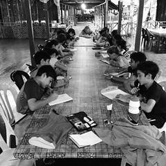 We clocked in our ten minutes of writing in between  the OED health star talk and dinner. #7pgu #uwcsea_east #tenten #sibu