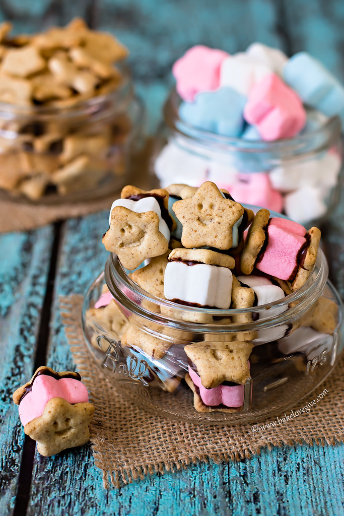 Mini Red White & Blue S'mores