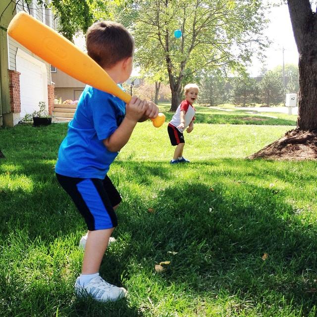 Batter up!!! #tateandkel #baseball #boys #buddies