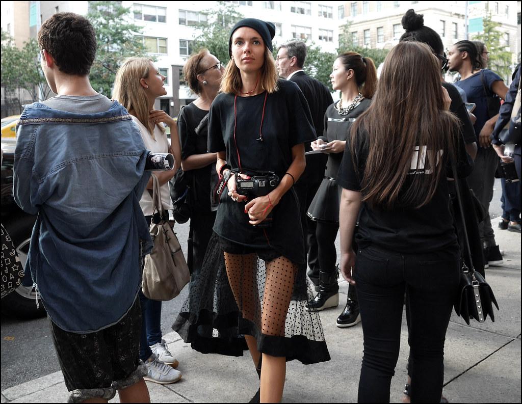 FW9-14 18w black knit cap black tee black see thru mesh black polkadot skirt ol
