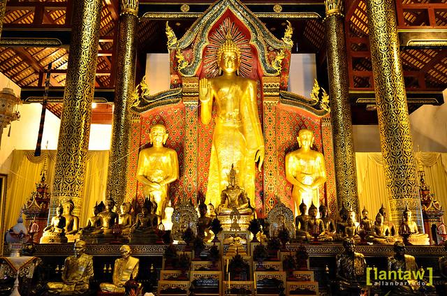 Wat Chedi Luang - Standing Buddha