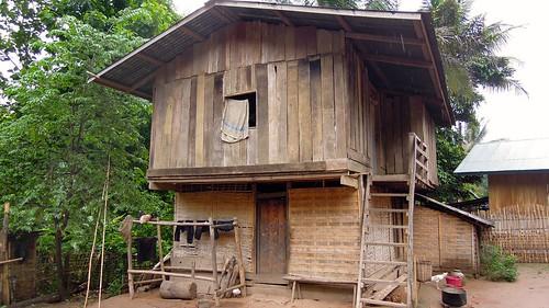 2014 bansopjam laos luangprabangprovince nikon p300 building