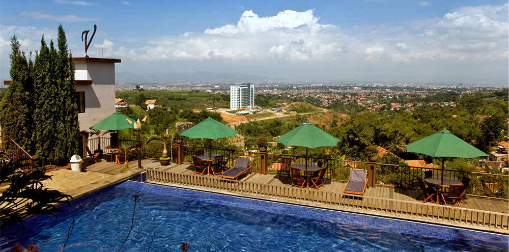3-The-Valley-(Pool)---thevalleybandung