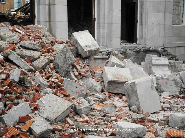 Eglise Notre-Dame-de-la-Paix demolition 6/06/14 11