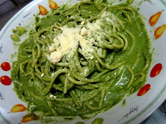 Melissa's creamy spinach pasta