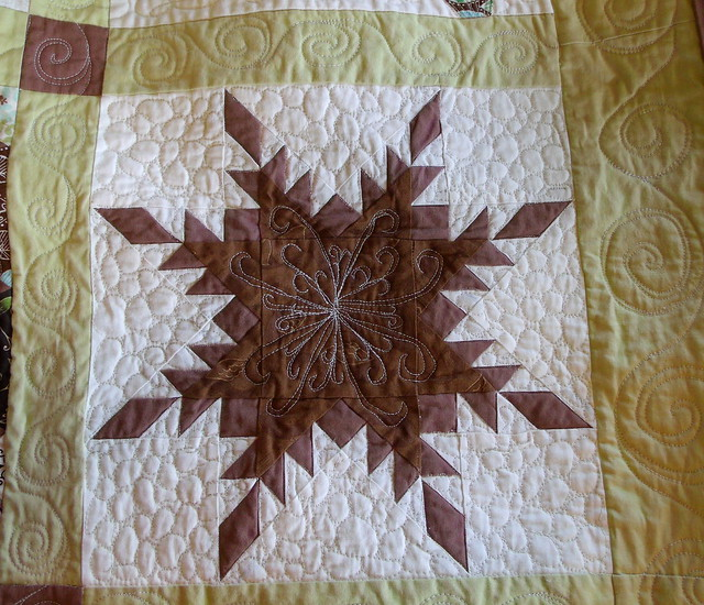 Feathered Star block - quilted