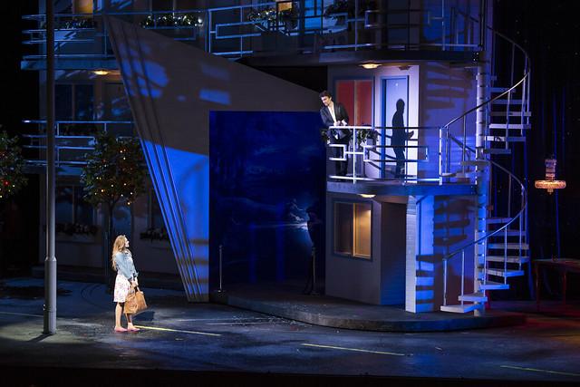 Kristīne Opolais as Manon Lescaut and Jonas Kaufmann as Chevalier des Grieux in Manon Lescaut, The Royal Opera © ROH / Bill Cooper 2014