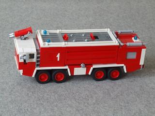 Faun Flugfeldlöschfahrzeug (Crash Tender/ARFF) 8x8