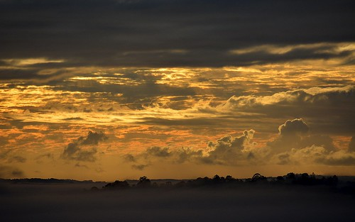 winter sky fog clouds sunrise countryside foggy earlymorning australia nsw inversion cloudscape foggymorning northernrivers sunlitclouds morninglandscape australianweather wilsonsrivervalley