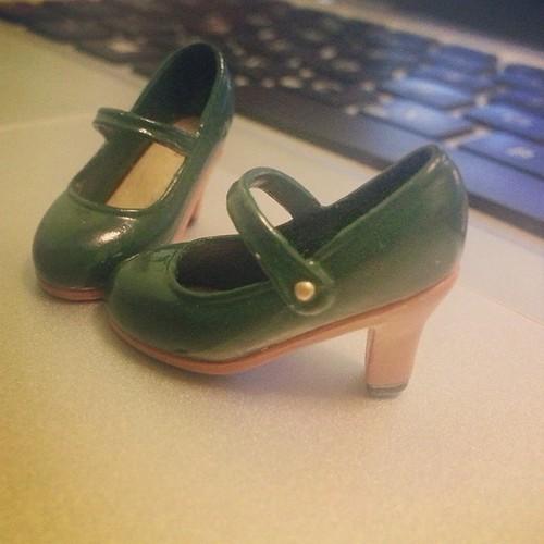 Tiny shoe love ?