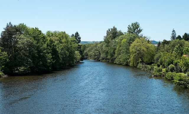 La Sioule à Ébreuil (Allier, France)