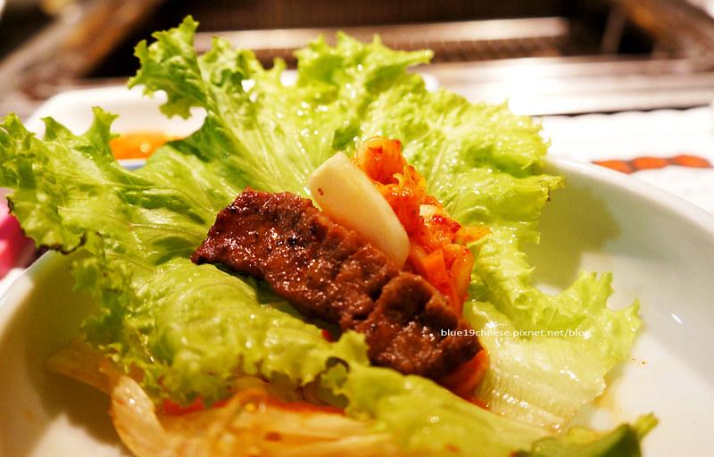 【台中韓式燒烤】兩班家韓式碳烤- 動口不用動手.韓式小菜不能 ...