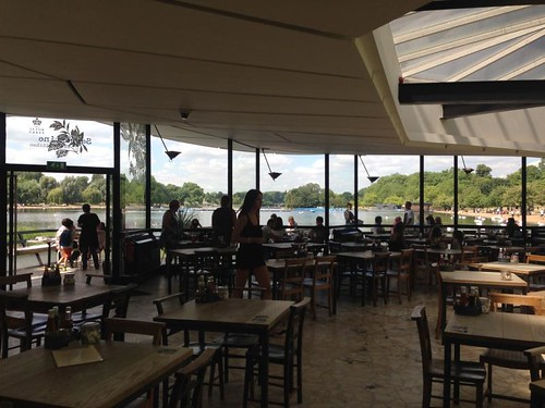 Serpentine bar & cafe hyde park