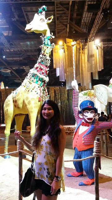 Giraffe & monkey at Fantasia made of sweets and chocolates.