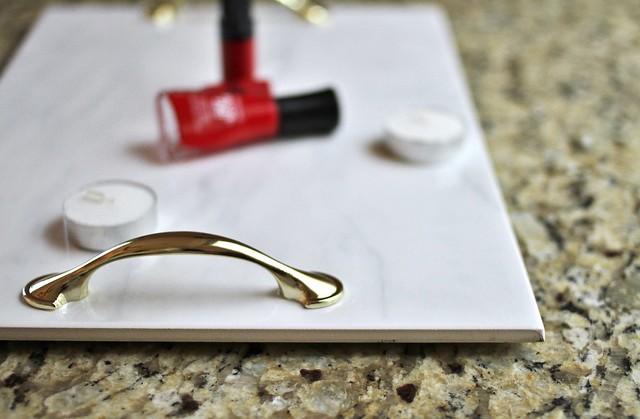 DIY Marble Makeup and Perfume Tray