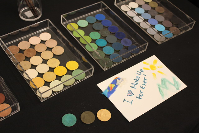 Make Up For Ever Artist Shadow swatches and review