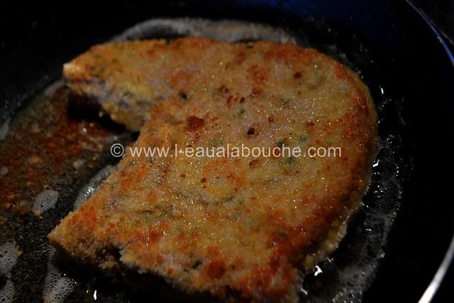 Côtelettes de Porc Panées  Fourrées au fromage et au Basilic © Ana Luthi Tous droits réservés 016_GF