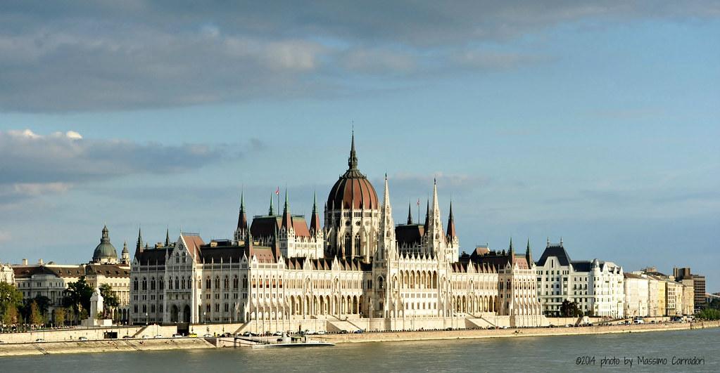 Palazzo del Parlamento di Budapest (Orszaghaz)