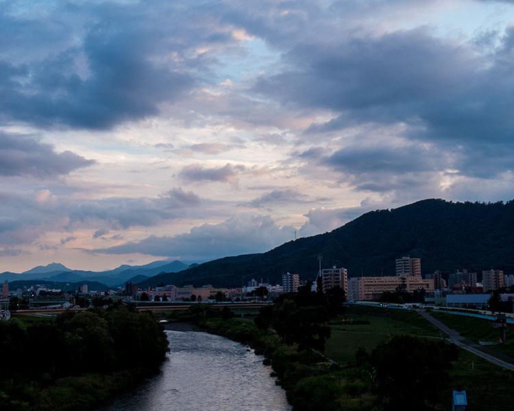 夕方の洞平橋