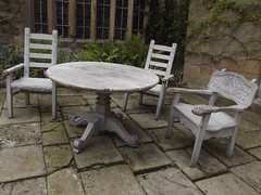Haddon Hall - lower courtyard - table and chairs
