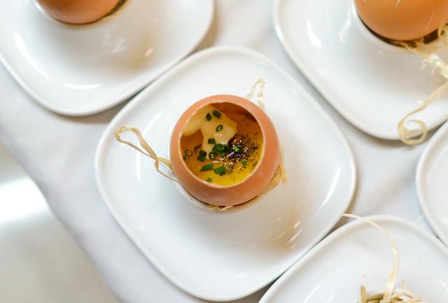 egg yolk poached in ash oil